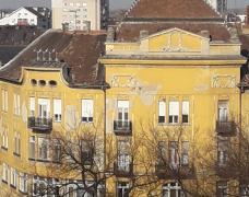 Izdajemo stan u centru - Trg Republike
